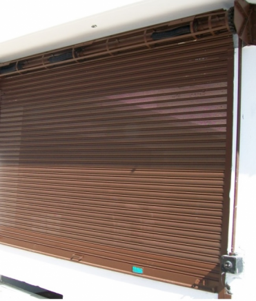 MS Rolling Shutter with Manual Gear Handle